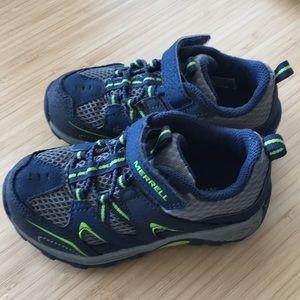 EUC Merrell Hiking Shoe